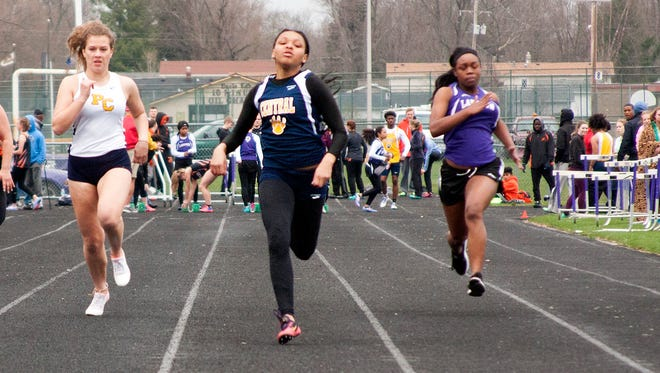 Battle Creek Central's Eirion Traylor takes the lead in the 100 meter dash Thursday evening at the Lakeview Invitational.