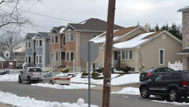 Many residents of Ellsworth Street were thankful the Clifton City Council withdrew an ordinance Tuesday night that would have renamed their block Dick Street. Officials say that emergency personnel have gone to the wrong section of Ellsworth Street on multiple occasions.