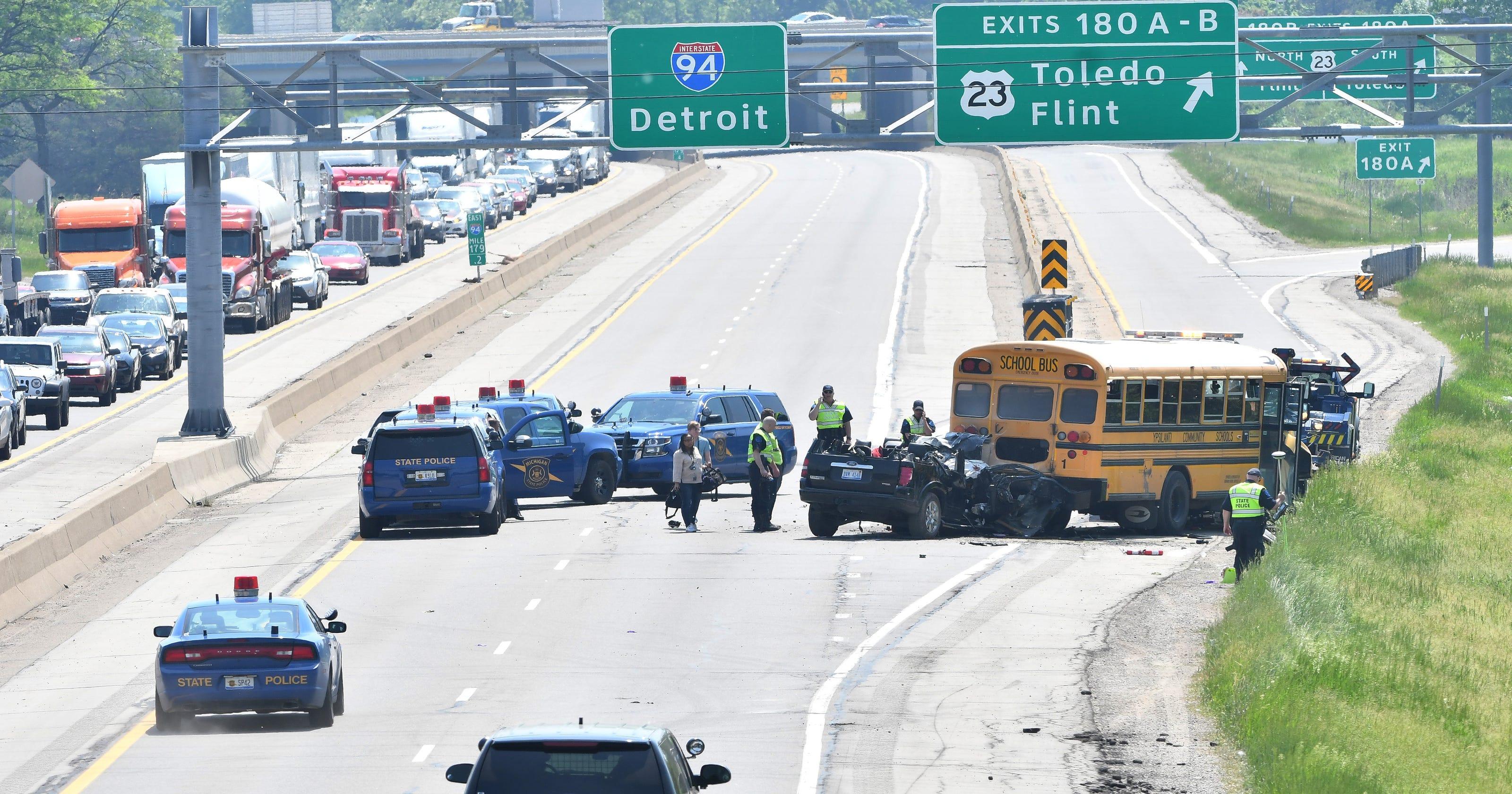 Police: 3 kids injured in fatal I-94 crash not properly