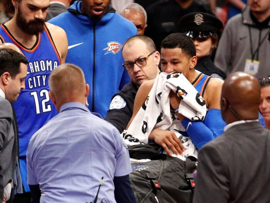 andre roberson suffers knee injury during oklahoma city thunder victory