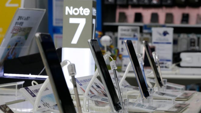 Note 7 smartphones are displayed at Samsung's service center in Seoul, South Korea.