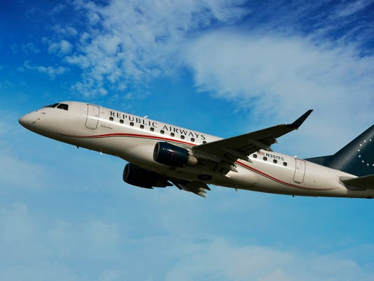 IndyStar stock airplane stock republic airways stock airline