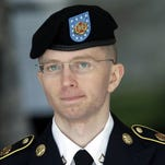 Obama commutes sentence of Chelsea Manning