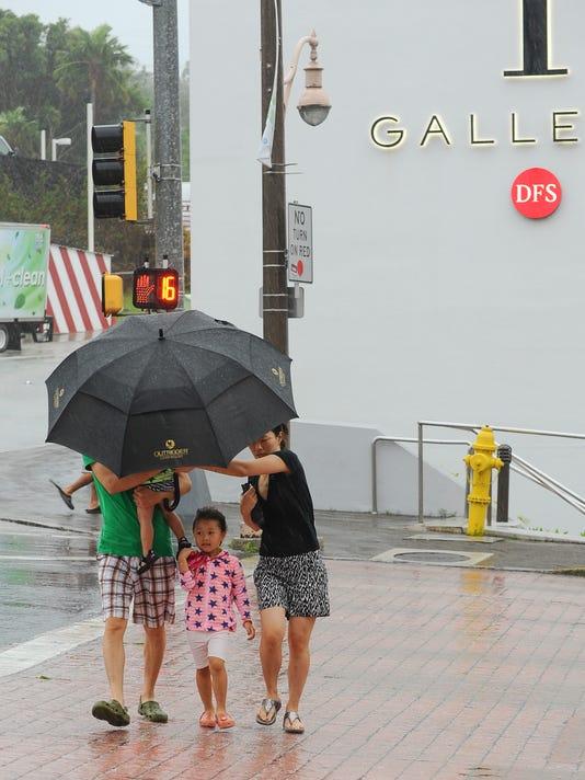 635805454162833677-Rainy-Weather-02