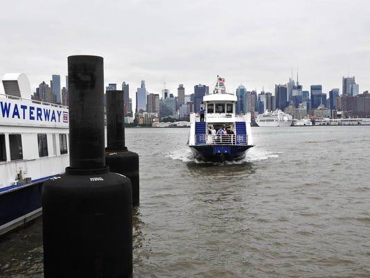 011816-l-ferrypassesjrc-60p.jpg