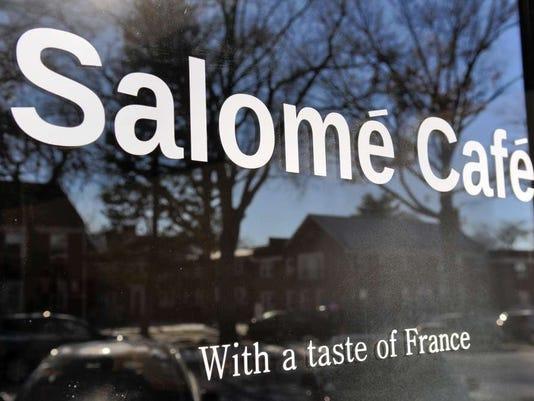 012216-cj-salomecafe04.jpg