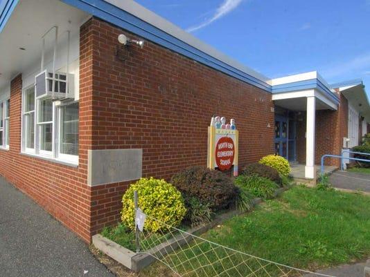 072816-vr-northendschool.jpg