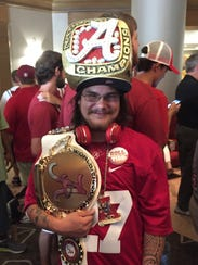 Alabama fan Shannon Villa wears his national title