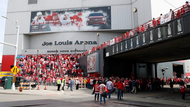 Fans wait outside to enter Joe Louis Arena prior to hosting its final game.