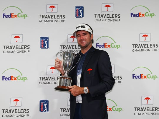 CROMWELL, CT - JUNE 24:  Bubba Watson of the United States poses with the trophy after winning the Travelers Championship at TPC River Highlands on June 24, 2018 in Cromwell, Connecticut.  (Photo by Matt Sullivan/Getty Images)