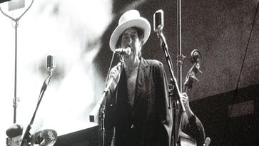 Bob Dylan review: A few words in defense of Nobel laureate revisiting 'Highway 61' while moving on