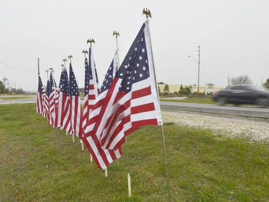 635617666917465840-flags