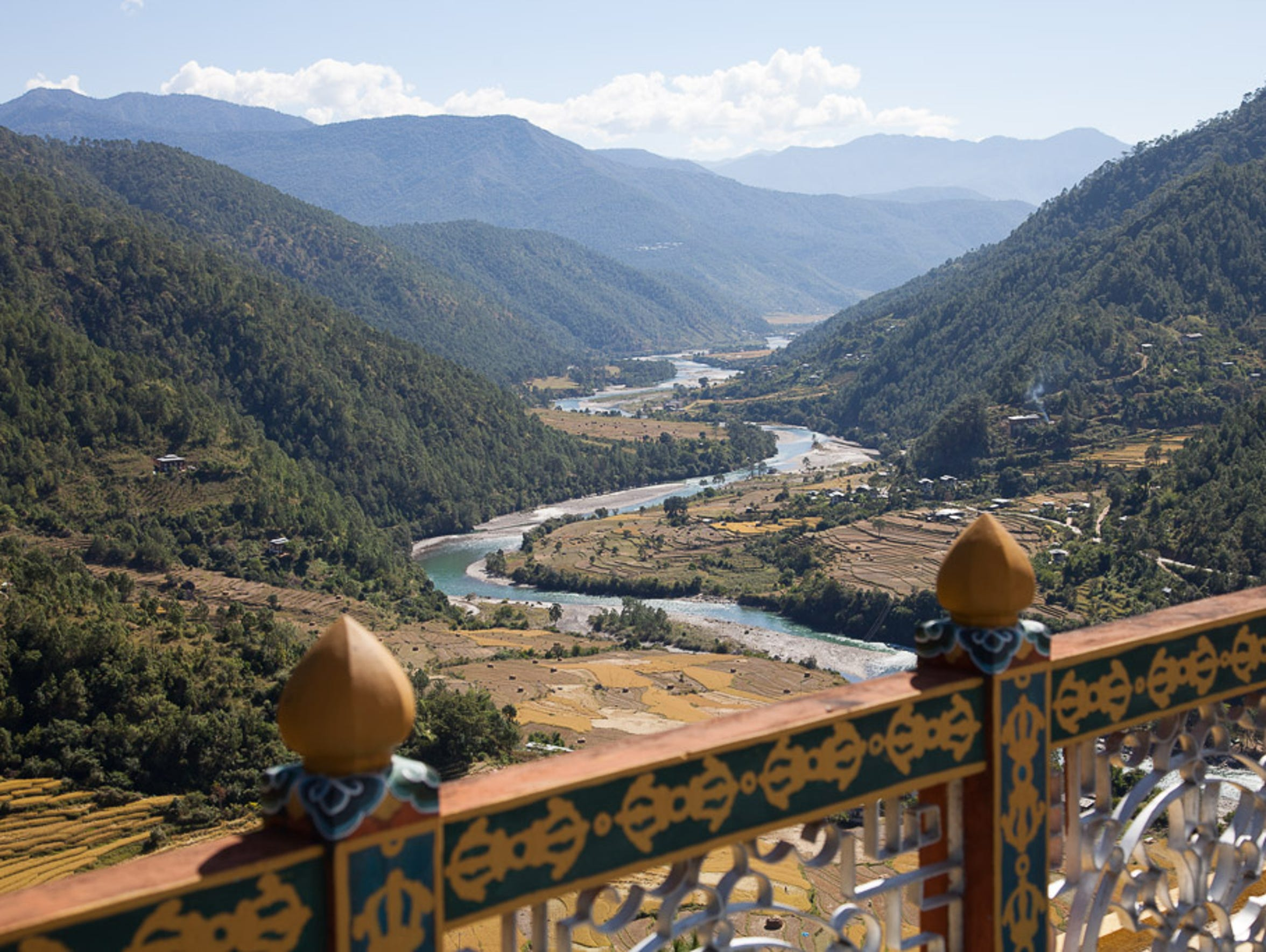 The view from Khamsum Yulley Namgyal Chorten temple