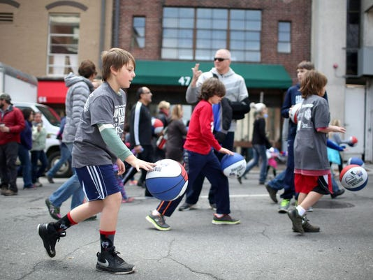 2016 SoCon KidsFest and Downtown Dribble