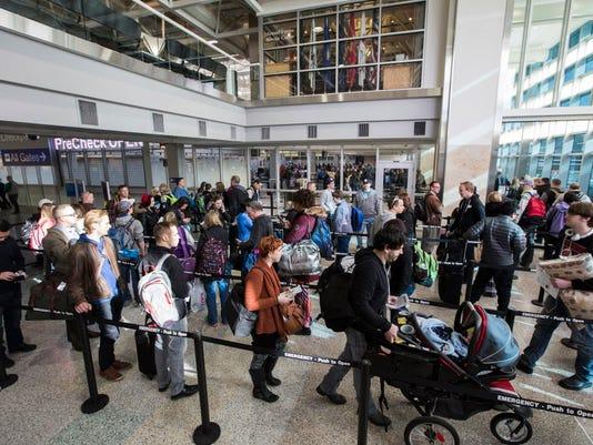 AP MINNEAPOLIS AIRPORT LINES A USA MN