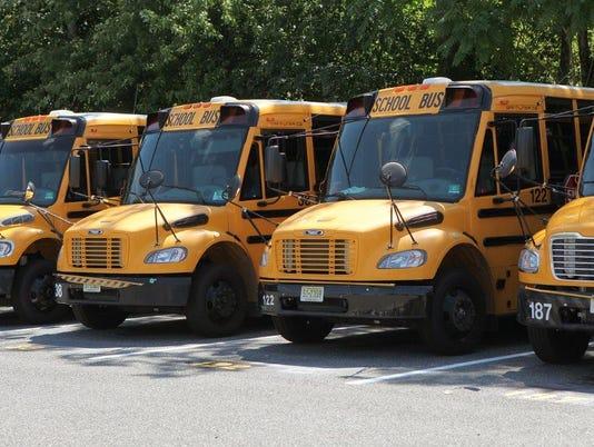 635935551112338629-School-bus-carousel-07-1-.jpg