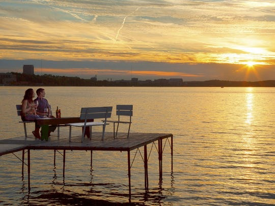 The Livingston Inn of Madison is located nearby Lake Mendota in case you need a change of scenery.