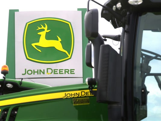AP EARNS JOHN DEERE F A USA IL