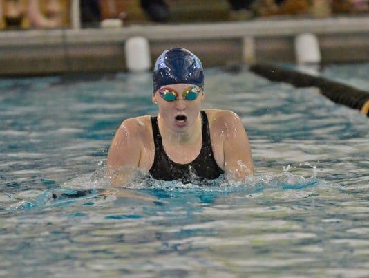 Catherine Fazio swimming