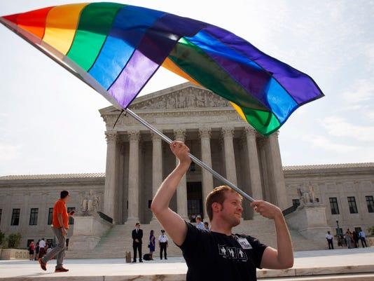 636263806661076940-LGBT.JPG
