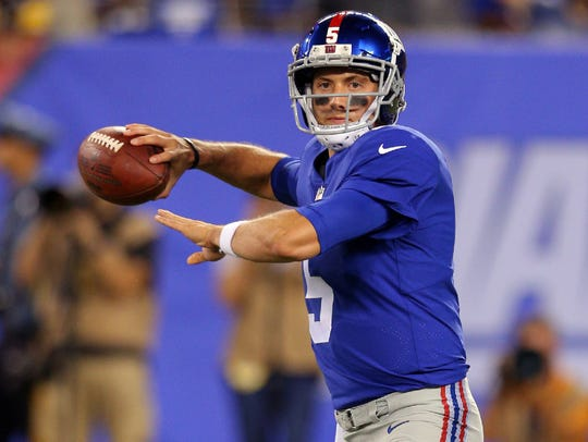 New York Giants quarterback Davis Webb (5) drops back