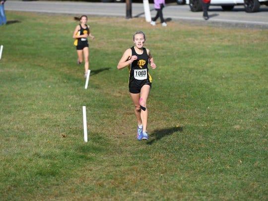 Shannon Goria in final 200 meters of winning North