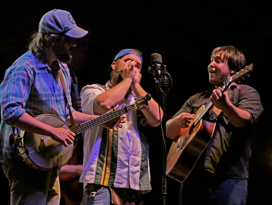 Wisconsin bluegrass group Horseshoes & Hand Grenades headlines the Pabst Theater on New Year's Eve.