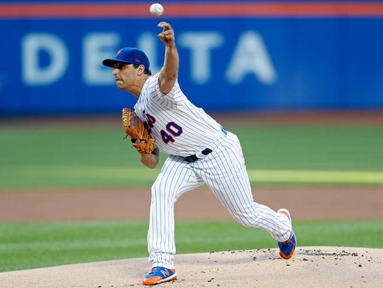 New York Mets relief pitcher Jason Vargas.