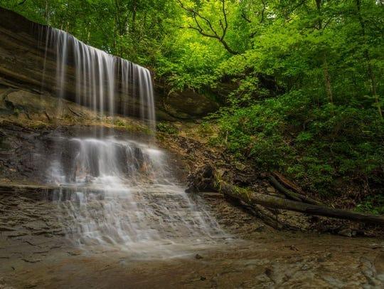 Kissing Falls at Kokiwanee Nature Preserve