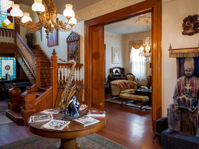 Airbnb 39 S Top Haunted Listings For Halloween