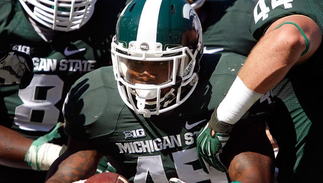 Michigan State linebacker Darien Harris