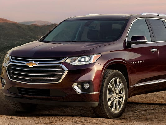 636438521250598411-2018-Chevrolet-Traverse-crossover.jpg
