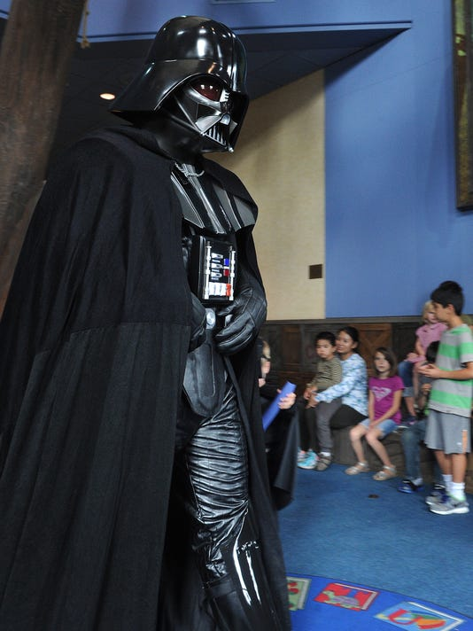 Star Wars Reads Day 1
