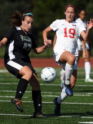 Reagan Klarmann (19) and Northern Highlands are No. 1 in the NorthJersey.com Top 25, while Amanda McGlone (27) and Pascack Valley are No. 4.