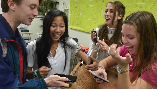 Teens conducted experiment of doing away with cellphones for extra credit.