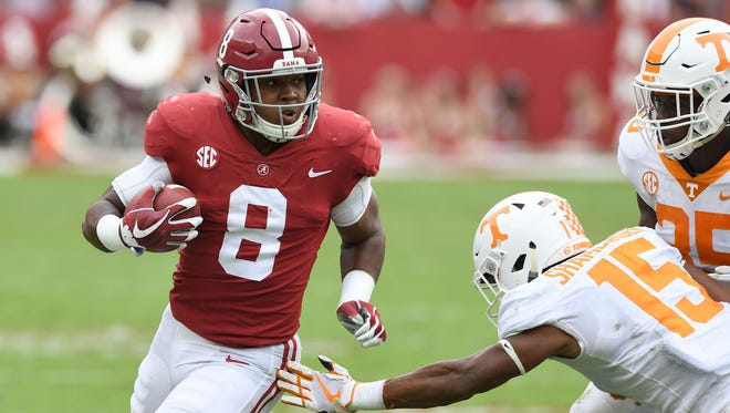 Oct 21, 2017; Tuscaloosa, AL, USA; Alabama Crimson Tide running back Josh Jacobs (8) carries up the field against the Tennessee Volunteers during the second  quarter at Bryant-Denny Stadium. Mandatory Credit: John David Mercer-USA TODAY Sports