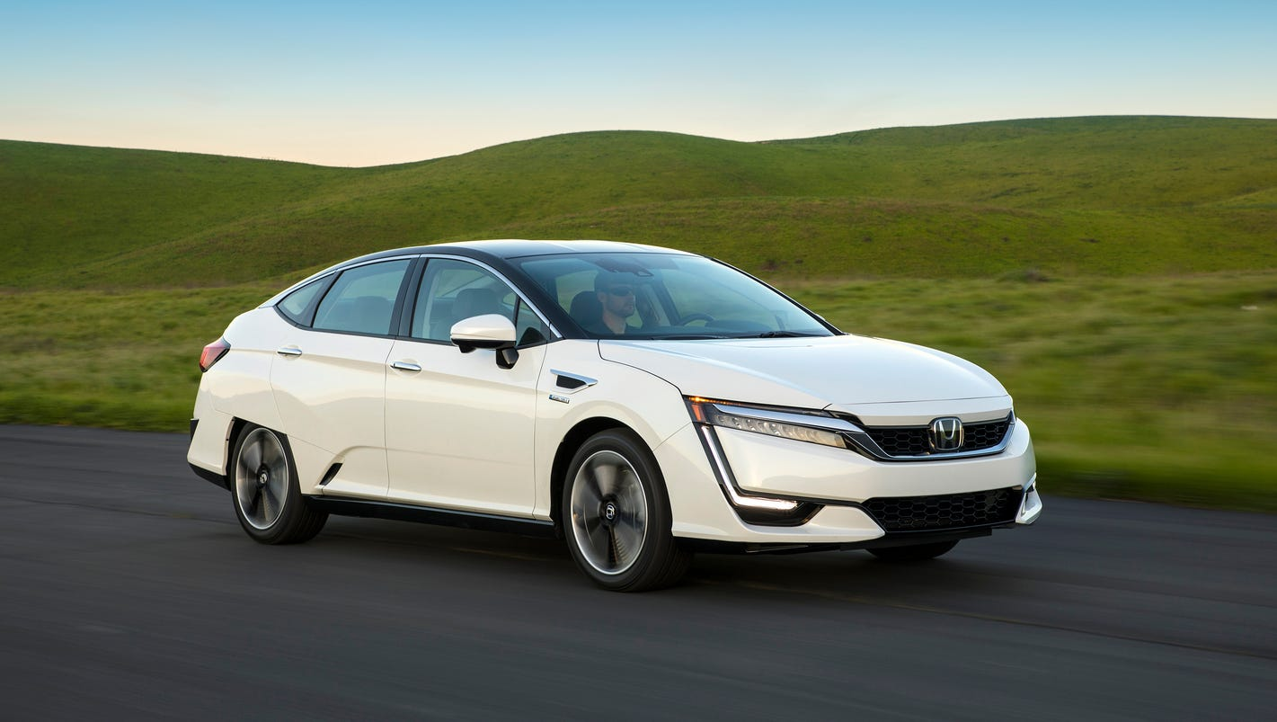 First drive honda clarity soars with hydrogen for B and e honda