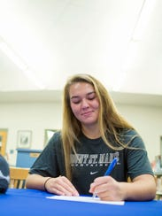 Decatur's Jillian Petito signs with Mount St. Mary's