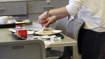 Anorexia: Overlook Medical Center treating more children