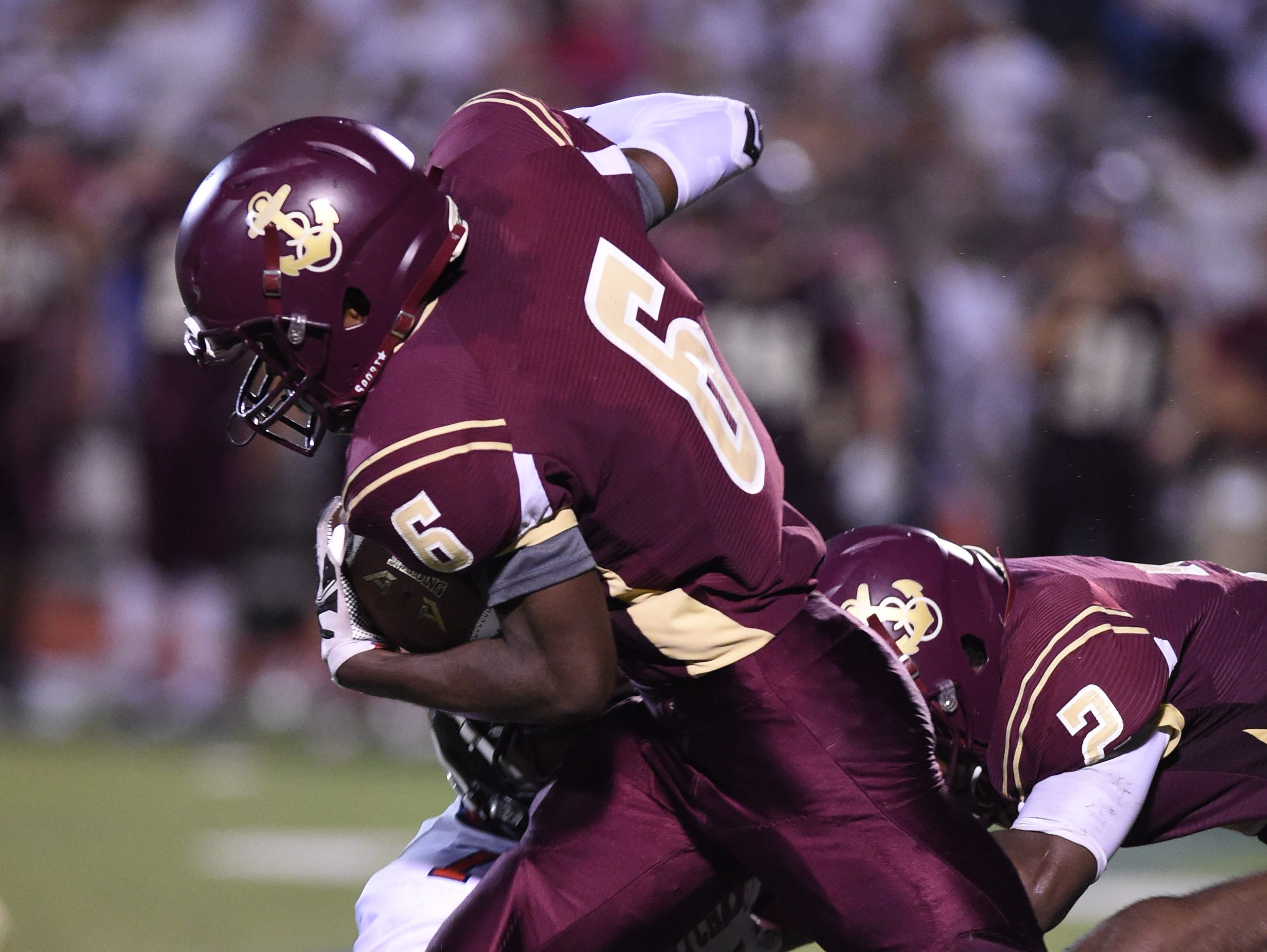 Ricardo Yolas has burst onto the scene just two games into the season for the Arlington High School football team.