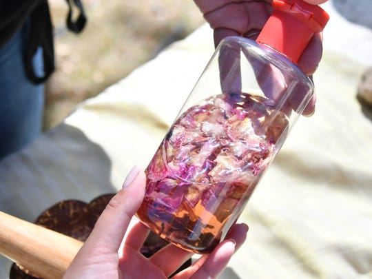Dried hibiscus and rose can be diffused in witch hazel,