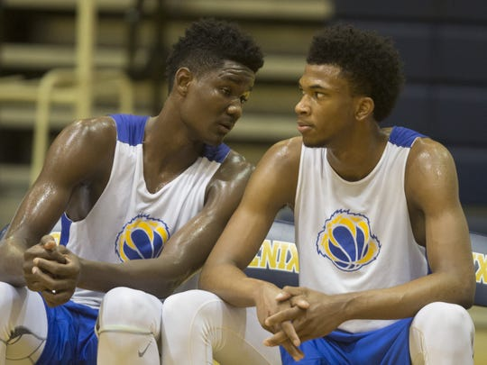 DeAndre Ayton (left) and Marvin Bagley III played together at Phoenix Hillcrest Prep in 2015.