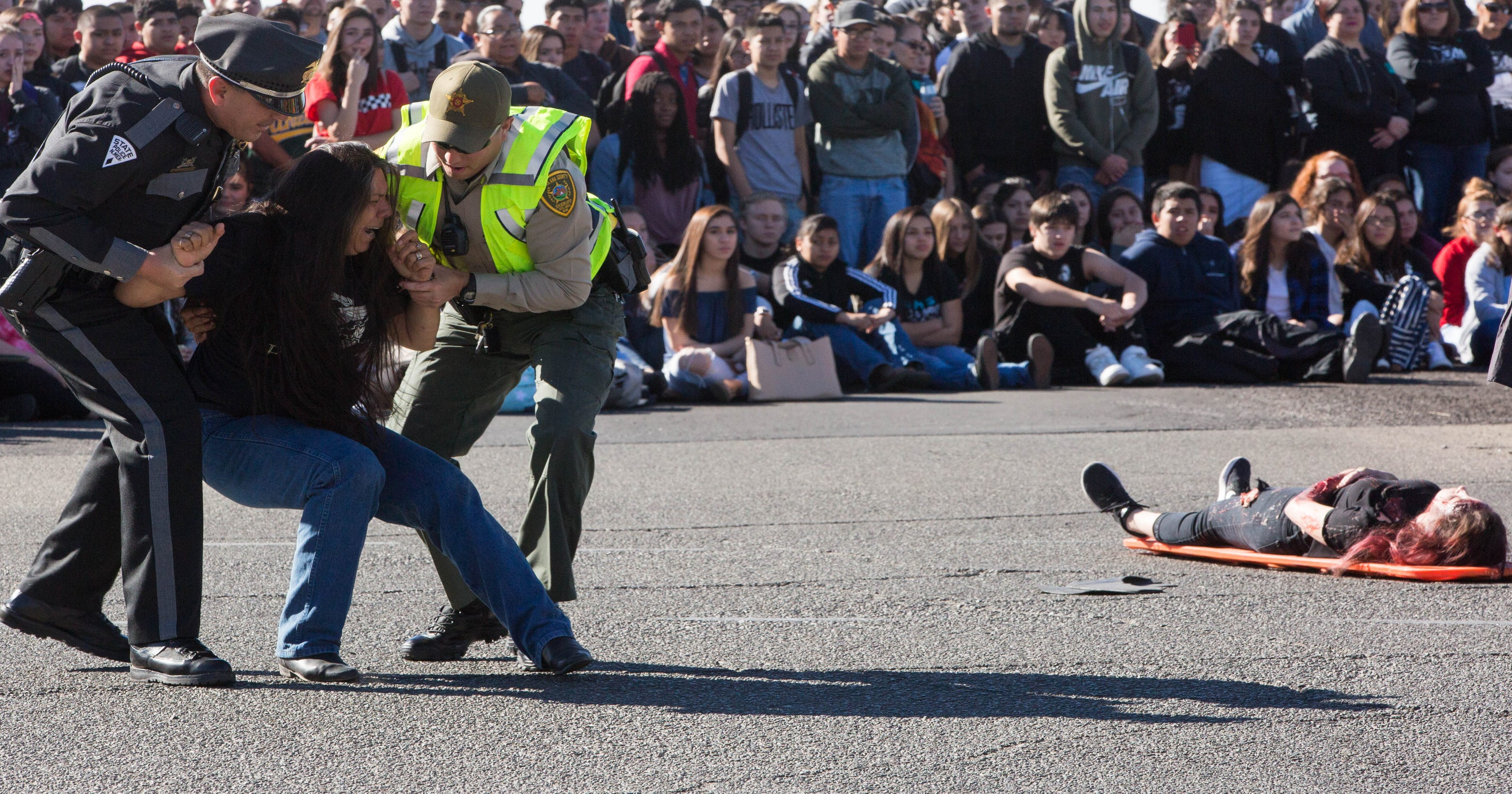 A 'sobering' moment as Oñate High School students witness mock crash