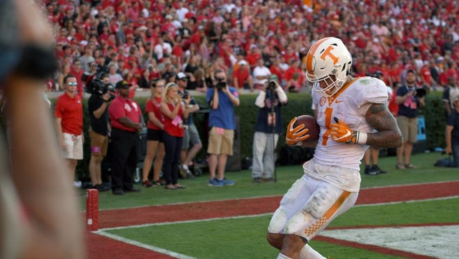 Tennessee running back Jalen Hurd (1) runs for a touchdown during the second half of their 34-31 win over Georgia at Sanford Stadium Saturday, Oct. 1, 2016 in Athens, Ga.