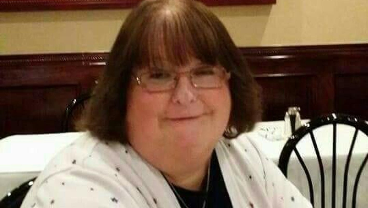 Court rules for fired transgender funeral director