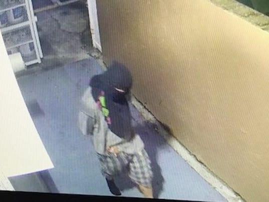636357459471209374-circle-k-robbery.jpg
