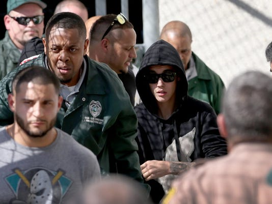 Report: Fla. may drop DUI charge if Bieber stays clean