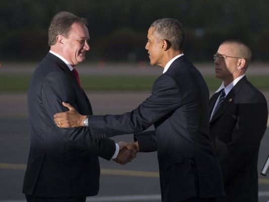 Obama allays Baltic fears over Russia