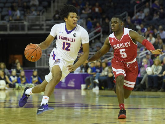 Smith was arguably the top underclassman in the Missouri Valley Conference. He averaged 13.7 points, 3.5 rebounds and led the league with 4.6 assists and 2.0 steals per game.