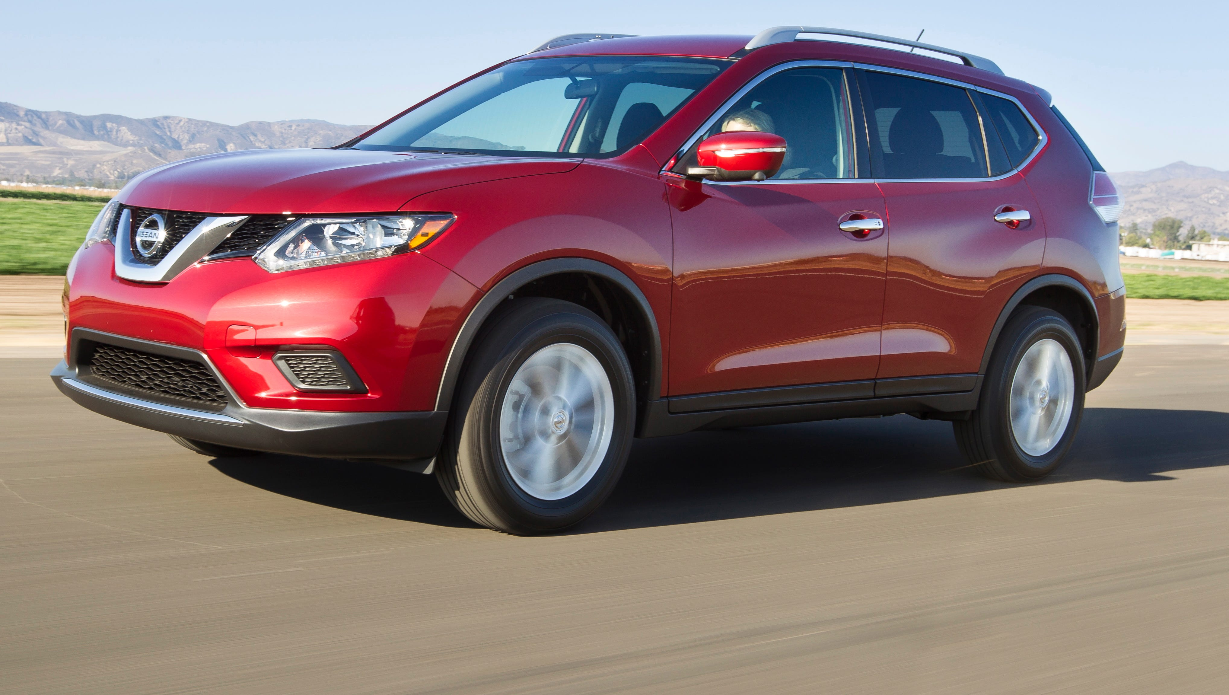 Nissan Rogue Msrp >> Nissan Remakes Popular Rogue Suv For 2014